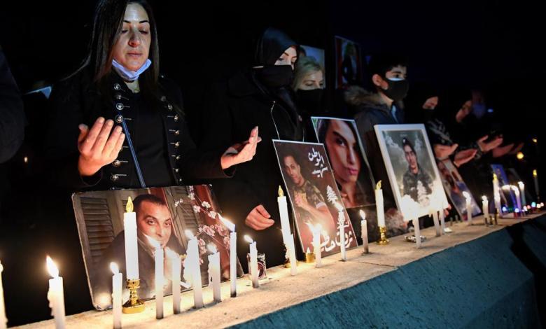 خلال إضاءة الشموع عن روح ضحايا انفجار بيروت في 21 شباط 2021 تصوير: عباس سلمان