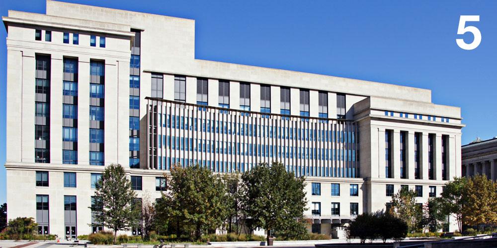 Keystone Building, Harrisburg, PA Bohlin Cywinski Jackson / 2000