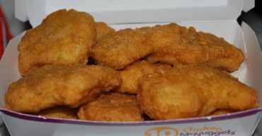 640px-chicken_nuggets_-_10pc
