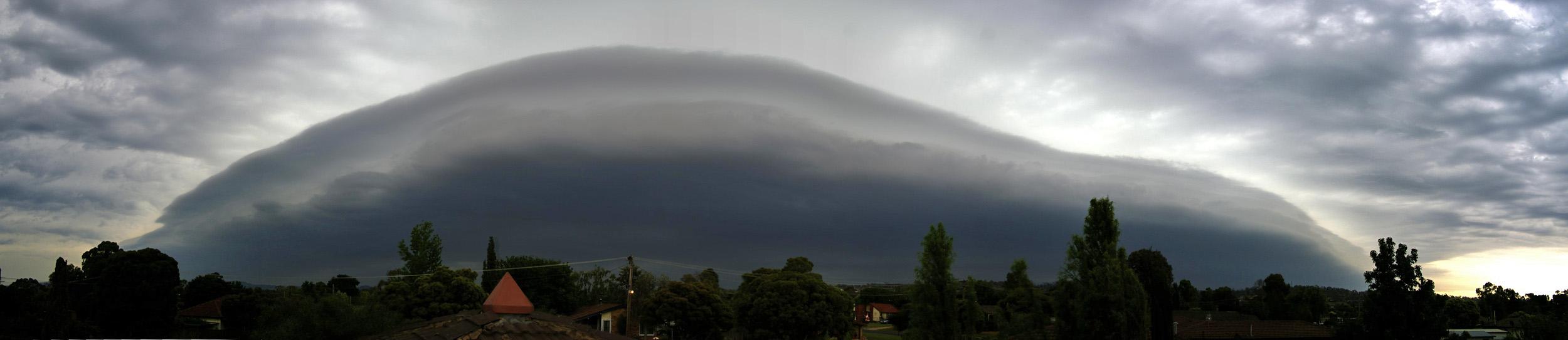 Thunderstorm_panorama