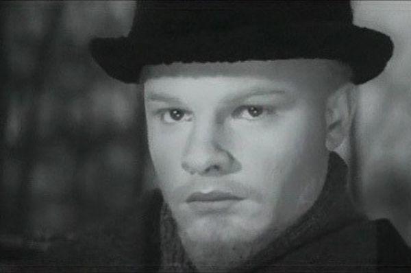 Родион Нахапетов сырал молодого Ленина в фильмах «Сердце матери», 1965 и «Верность матери», 1967.