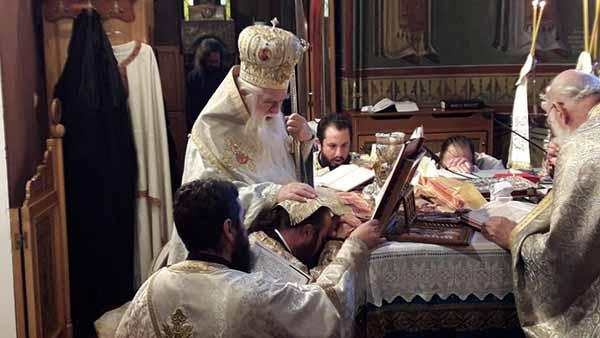 Χειροτονία Διακόνου στον Ιερό Ναό Αγίου Ιωάννου Αιγίου