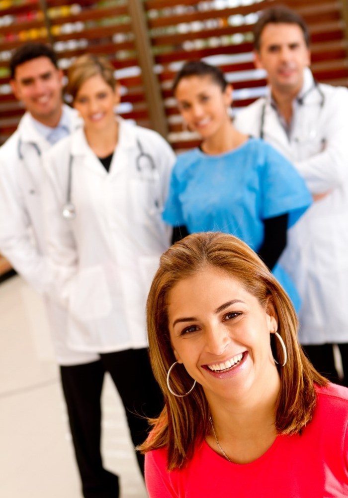 https://i2.wp.com/aihealth.tech/wp-content/uploads/2019/01/Doctors-in-the-background.jpg?resize=700%2C1000&ssl=1