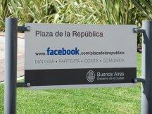 Fan Page de la Plaza de la República