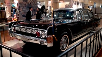 Lincoln Continental - Kennedy - Henry Ford Museum
