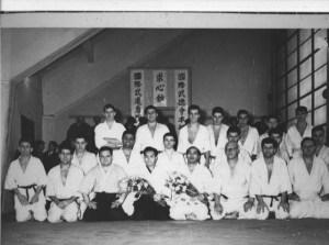 Kenshiro Abbe, Tadashi Abe y Armand Botton en Nimes, Francia (1959).