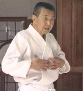 Michio Hikitsuchi, décimo dan.
