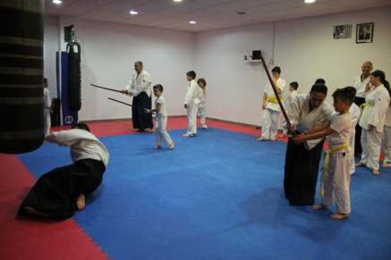 aikido-kids-infantil-y-juvenil-aikido-aikikai-san-vicente-del-raspeig-alicante-fotos-clase-31-10-2016-027-img_9521