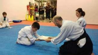 entrega-diplomas-kyu-febrero-2017-aikido-kids-infantil-y-juvenil-017-20170215_193328