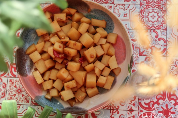 【中式料理】醬燒馬鈴薯,看起來不起眼卻意外美味的佳餚。