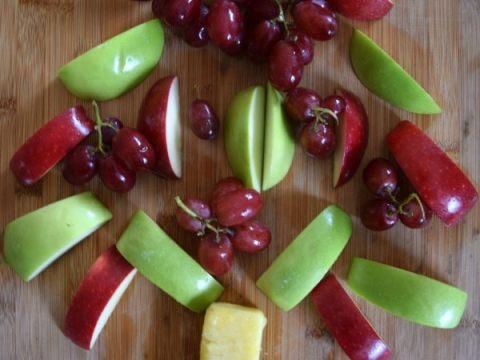 Healthy Christmas Tree Fruit Platter