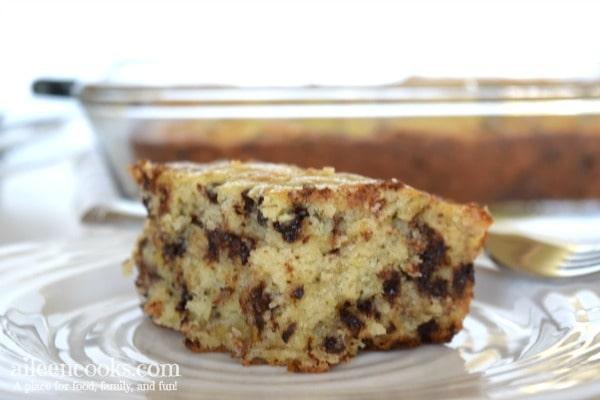 mini-chocolate-chip-banana-cake