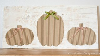 """An Easy Wooden Sign with Cardboard Pumpkins - a """"no-cost"""" project!"""