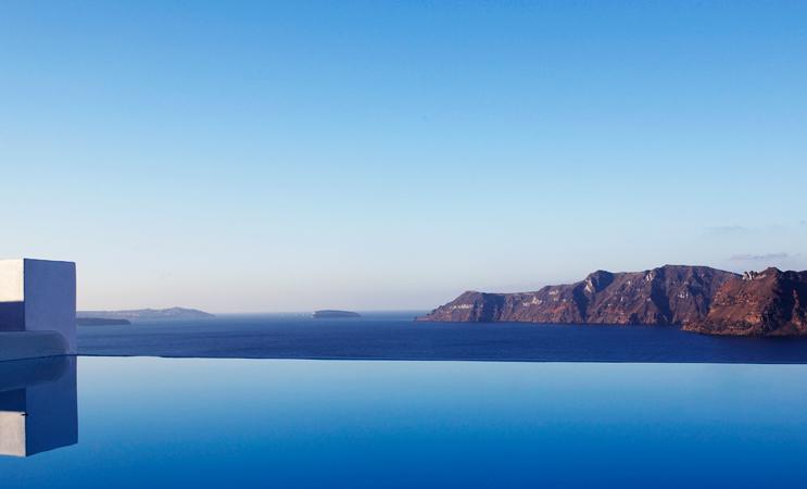 Katikies infinity pool Santorini