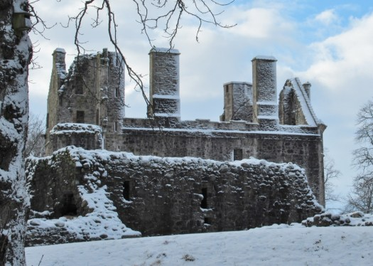 The snow dusted ruinous walls of Huntly Castle.