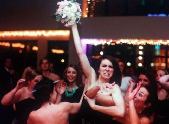 嫌な結婚式5