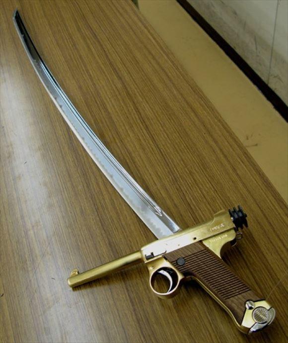ヤバイ武器兵器 21