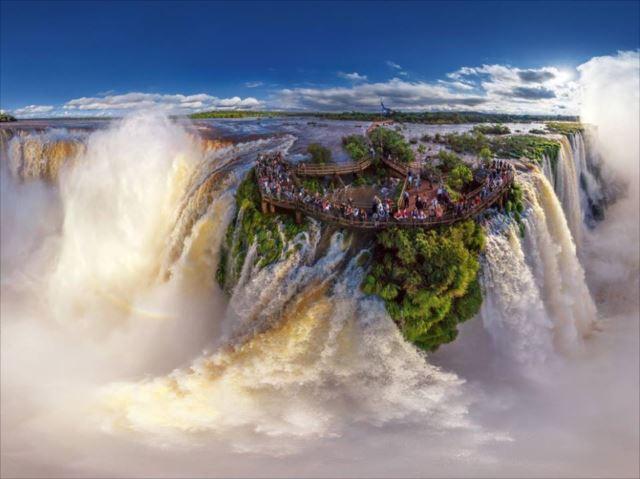 自然や人間によって創られた美しく素晴らしい場所100選
