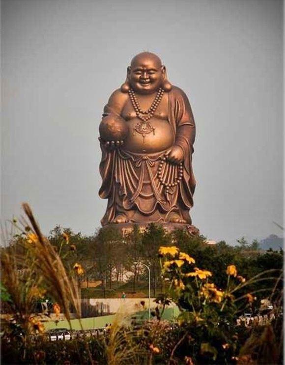 世界一高い像ランキングトップ30(巨大仏像等の画像集)