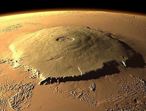 太陽系で最も高い山(ランキングベスト8)