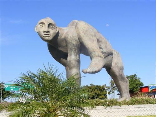 世界で最も醜いアート(彫像)は何?(みんなの投稿25選)