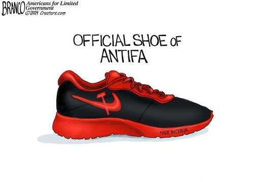 antifa nike branco