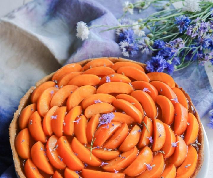Tarte abricots et lavande {sans lait}