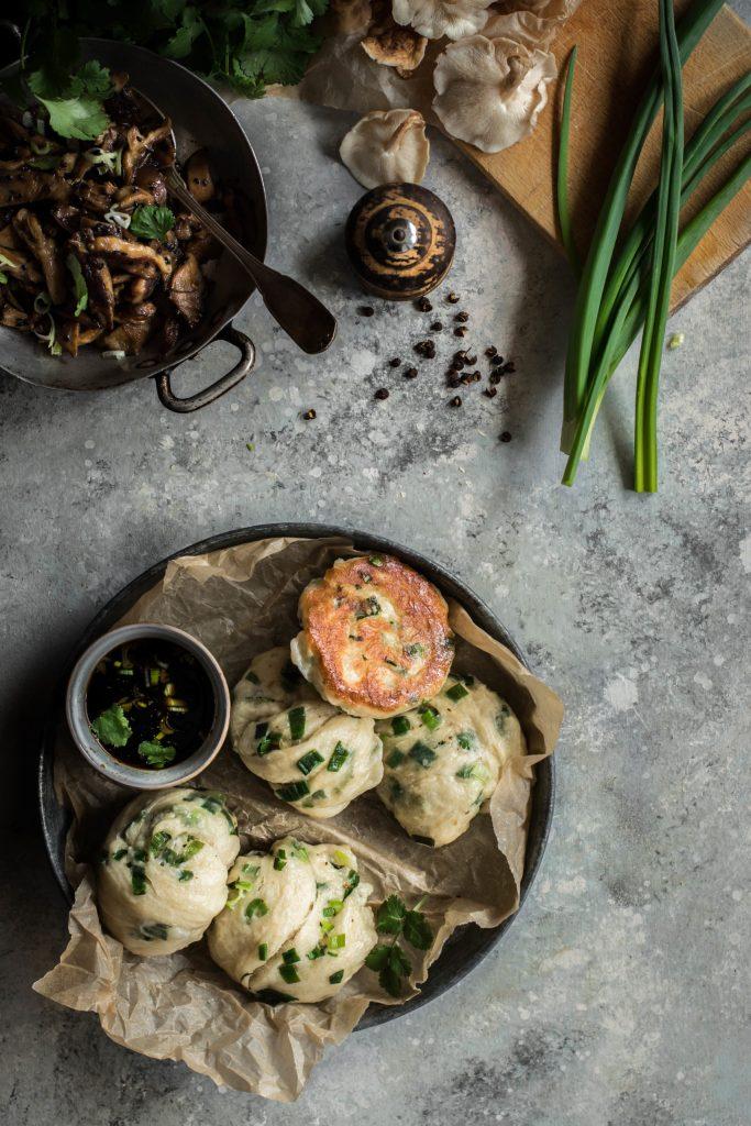 Bollos de cebolleta – bollos al vapor con cebolla {Vegan}