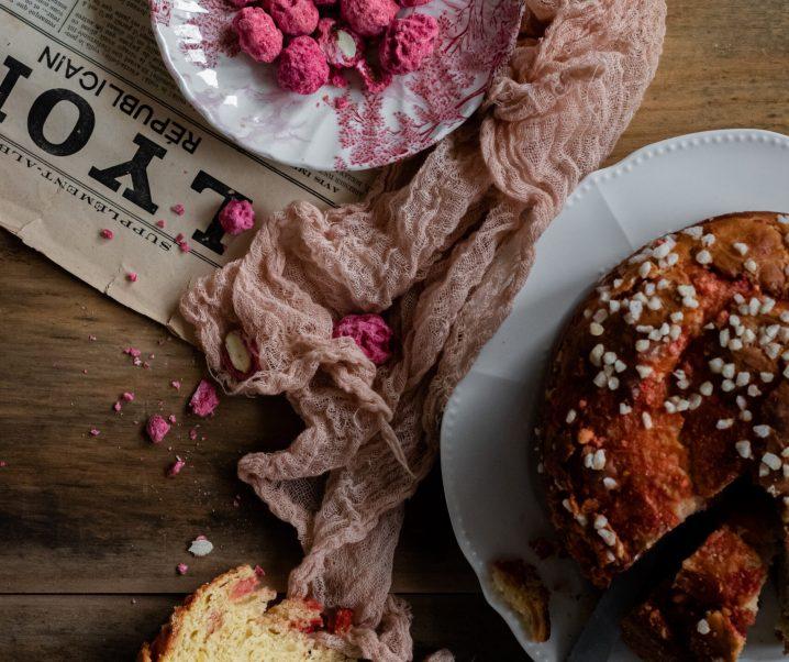 Brioche aux pralines roses – Saint-Genix {sans lait}