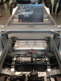2318-Tesla-front-chassis