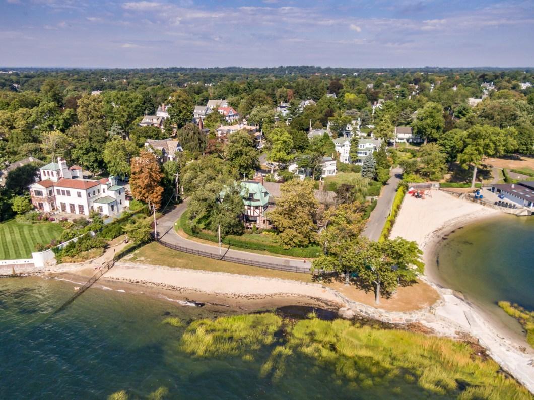 1-Beach-Avenue-Larchmont-2