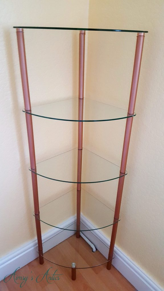 Up styled curved glass shelving unit