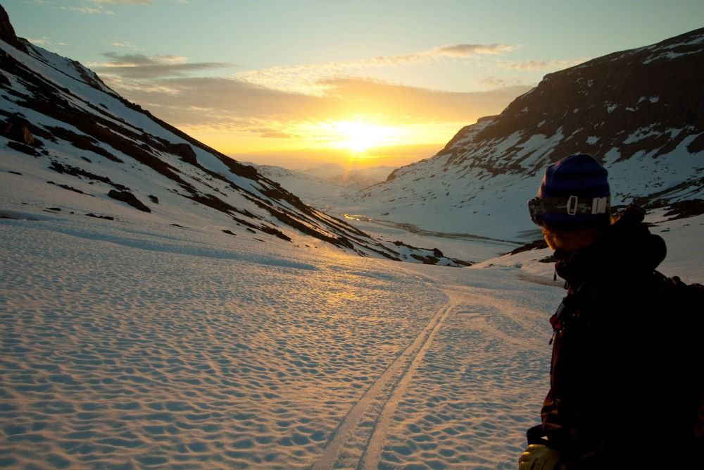 riksgransen-midnight-sun-credit-mark-borland