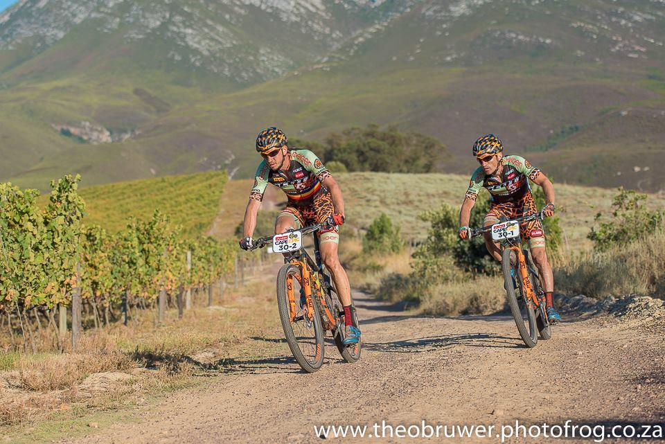 Oprea si Logigan se intorc din Africa de Sud cu locul 35