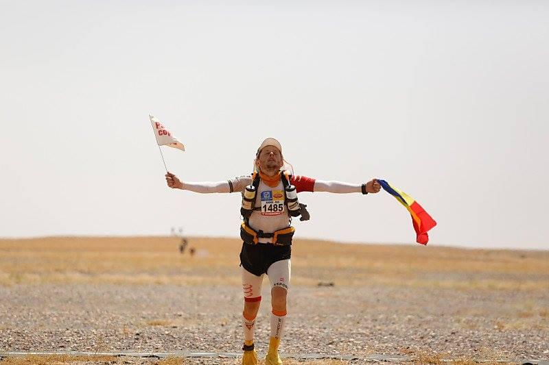 Imblanzitorul SOARELUI : Va alerga in cele mai fierbinti, aride si inghetate 7 deserturi din lume