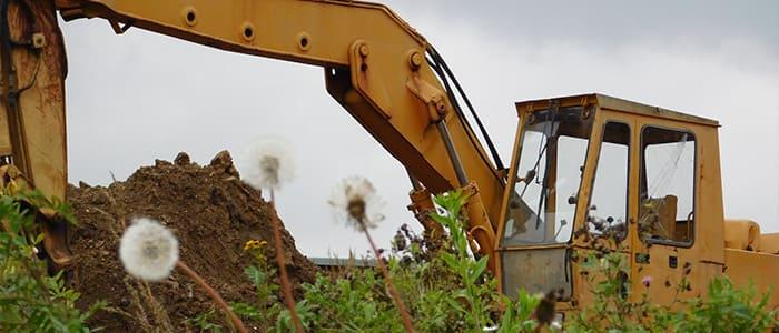 建設機械系スクラップの取扱、金属買取の神田重量金属株式会社