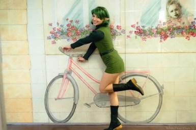 legend-of-zelda-ocarina-of-time-saria-cosplay-bike