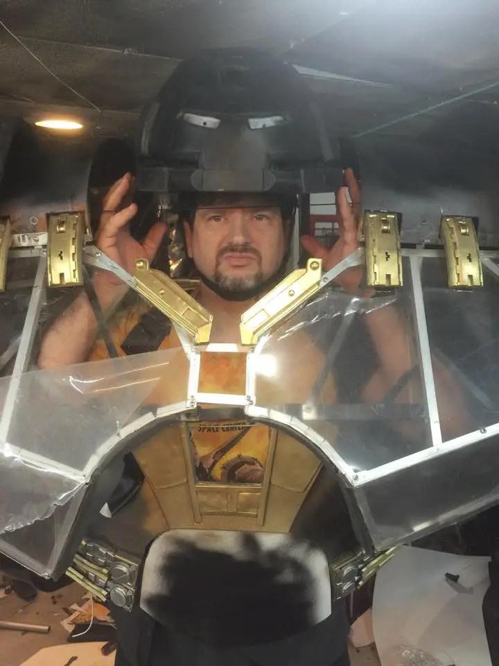 iron-man-hulkbuster-cosplay-15