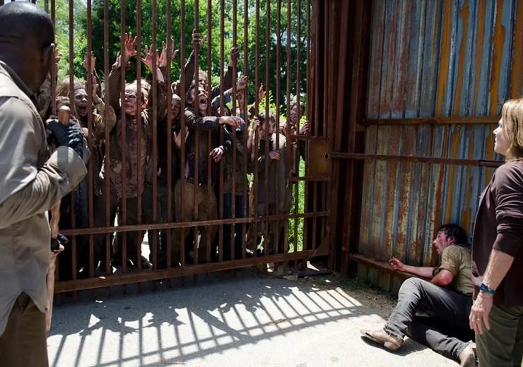 the-walking-dead-season-6-episode-5-walkers-cage