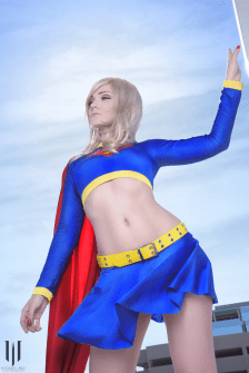 supergirl-jennifer-van-damsel-cosplay-12