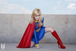 supergirl-jennifer-van-damsel-cosplay-3