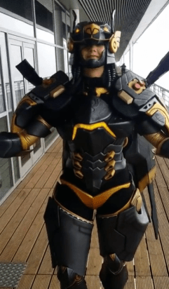 anubis-pharah-overwatch-cosplay-by-germia-pose