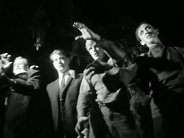 Night-of-the-Living-Dead-1968-zombies