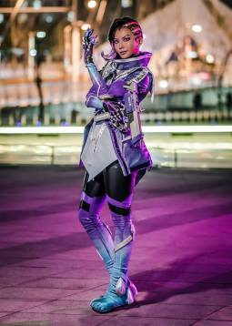 overwatch-sombra-cosplay-by-pion-kim-10