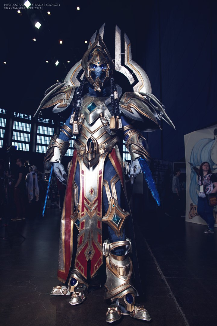 artanis-cosplay-by-yuggy-3