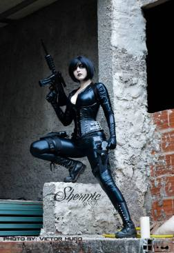 domino-cosplay-by-shermie-7