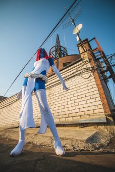 mystique-cosplay-by-hidory-7