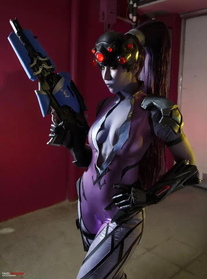 overwatch-widowmaker-cosplay-by-arienai-ten-2
