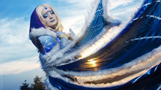 Got a friend that still doesn't know the difference between Jaina Proudmoore from World of Warcraft and the Crystal Maiden from Dota 2?  Instead of outright rebuffing their friendship efforts, as we would have suggested only a few days ago, show them this amazing Rylai, the Crystal Maiden cosplay from Akina Gasai.  The colors, lighting and make-up are so on point you'll never get the two characters confused again:
