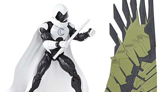 If you ask me, Warren Ellis reinvented Moon Knight for the better. Then, Jeff Lemire perfected him. He's one of those Marvelcharacters that was a bit basic, but had a cool costume. A cool costume is typically all you need to want an action figure, but this figure comes with an awesome new modern story.